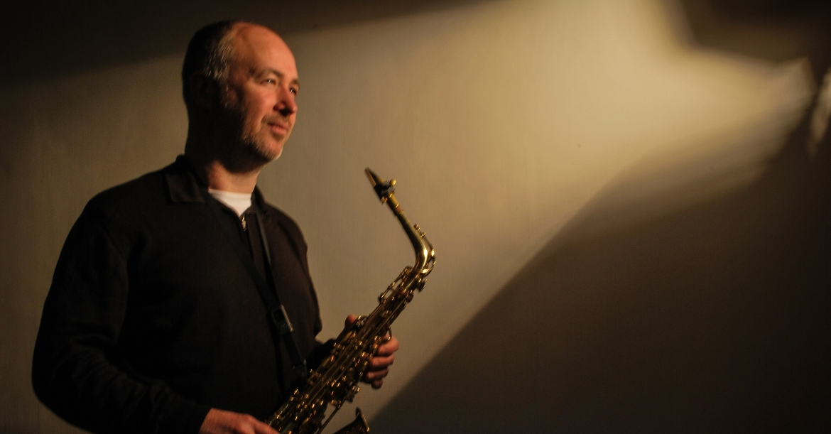 Dave Plays Saxophone Solo Saxophonist For Hire Wirral Merseyside
