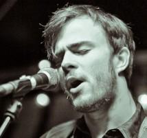 Lewis Sings
