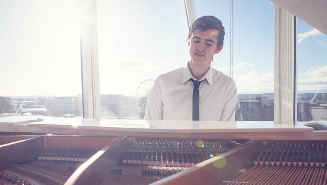 Dawson The Pianist