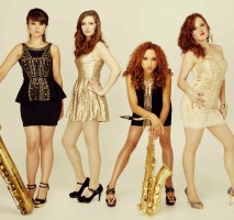 Girls On Sax