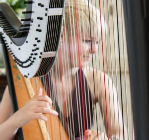 Lizzie The Harpist
