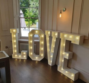 Light Up Letters - East Midlands
