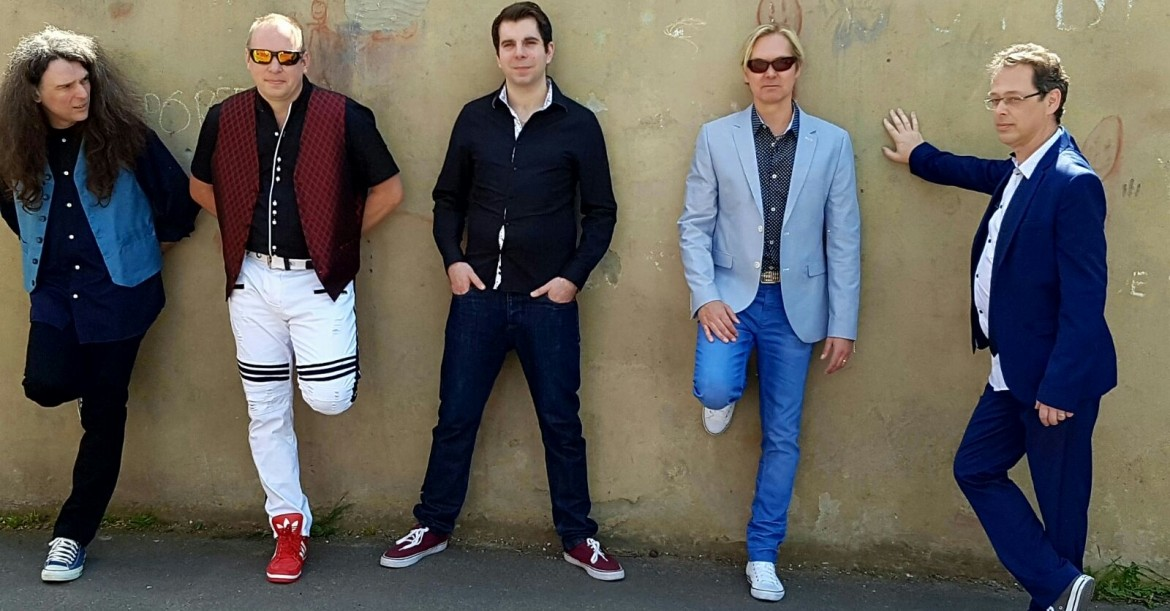 80s Tribute Band - Revolution