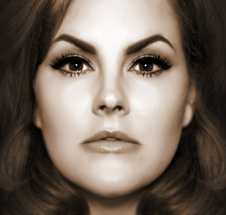 Adele - Rolling In The Deep Gallery