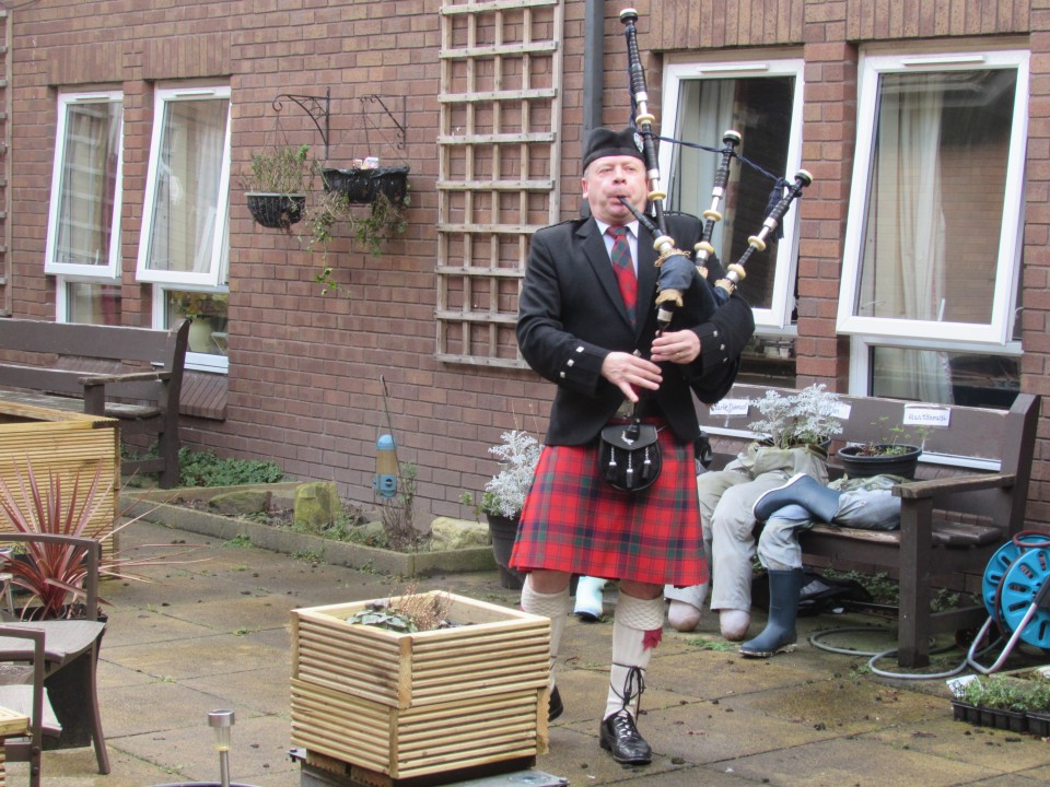 Alan The Piper Gallery