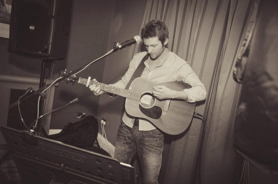 Chris Acoustic Gallery
