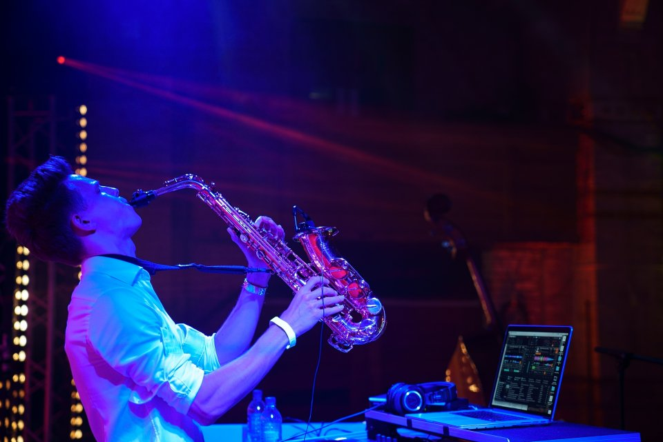 Dan - Saxophonist and DJ for Hire from London