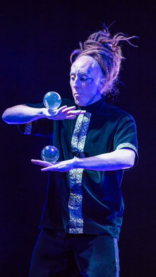 Magic Ball Juggler Gallery