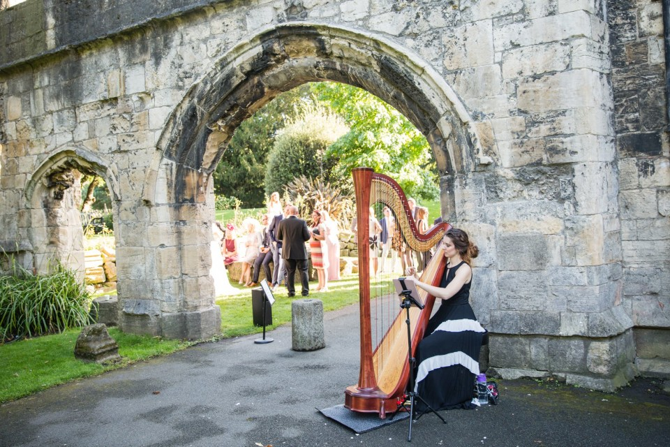 The East Yorkshire Harpist Gallery