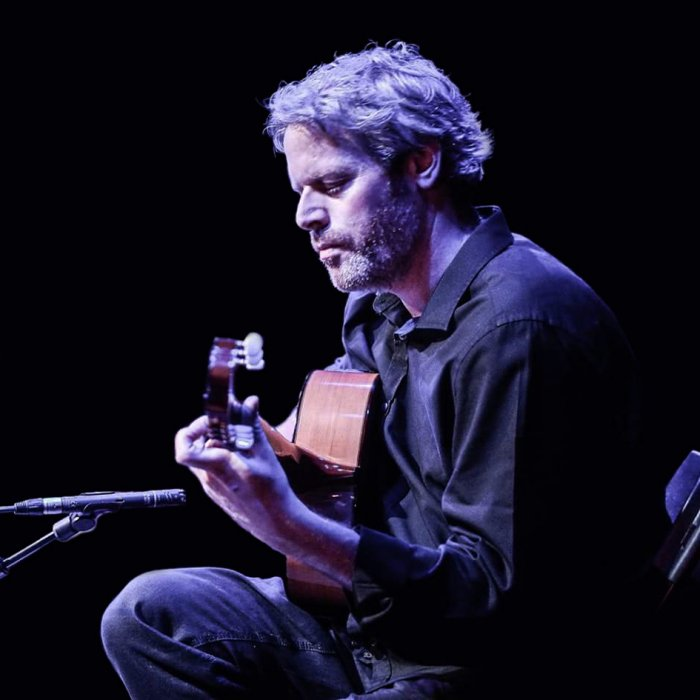 Glenn Plays Flamenco Guitar Gallery